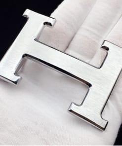 Mặt dây lưng chữ H màu bạc